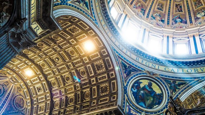 Catholic dome ceiling by jtlns (Unsplash.com)