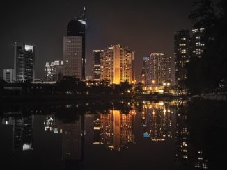 BNI Tower from Waduk melati by vierundsieben (Unsplash.com)