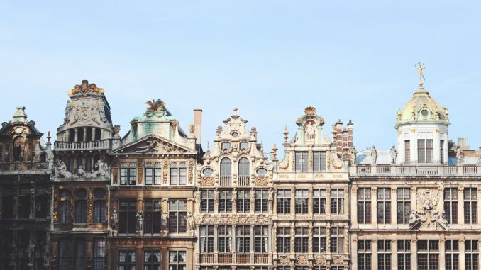 Facade view of buildings. by marius_badstuber (Unsplash.com)
