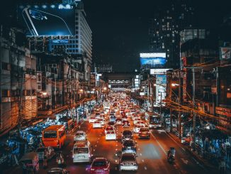 Lost in the City by hannynaibaho (Unsplash.com)