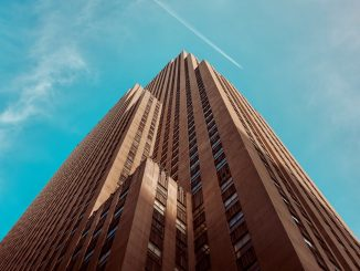 Rockefeller sky by andersjilden (Unsplash.com)