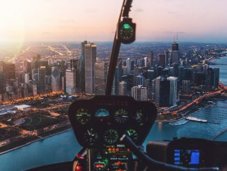 Sunset Chicago Skyline by arstyy (Unsplash.com)