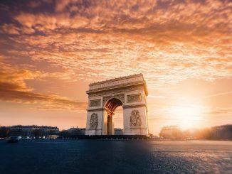 Arch of Triumph - Paris - France by willianwest (Unsplash.com)