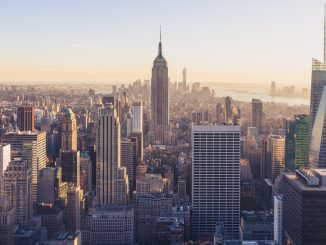 Goodies from Top of the Rock by jonathan_christian_photography (Unsplash.com)