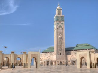 Hassan II Mosque by hansjuergen (Unsplash.com)