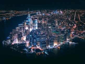 Above the City. by trapnation (Unsplash.com)