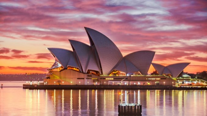 Park Hyatt Hotel Sydney by qwe102904 (Unsplash.com)