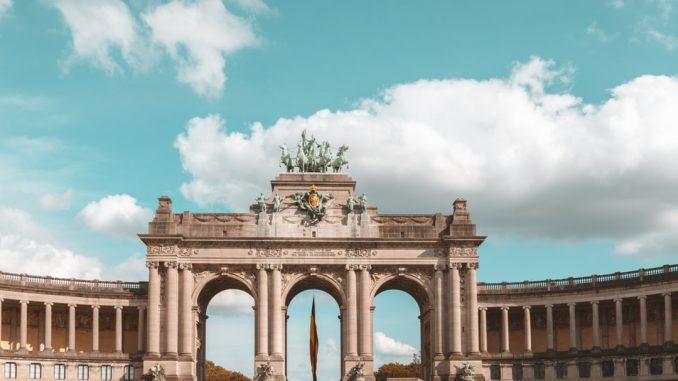 Belgian cities #1 by thomas_somme (Unsplash.com)