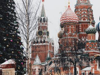 Moscow story by parulava (Unsplash.com)