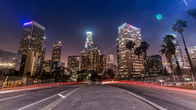 Los Angeles Speed by lucamicheli (Unsplash.com)